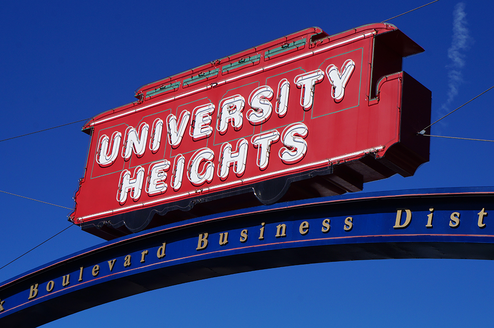 72d110715UniversityHeights09693